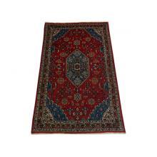 104 x 175 Beautiful Shahreza Handmade Persian Rug.