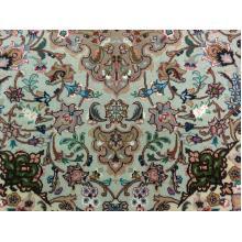 102 x 150 Strikingly Beautiful H& Knotted Wool-Silk Medallion Shirfar Rug