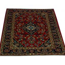 107 x 145 Simple and Bold Persian Kashan Handmade Rug