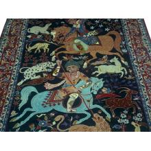 201 x 305 Unique and stylish Persian Esfahan Wool Rug