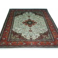 196 x 290 Beautiful Handmade Persian Tabriz