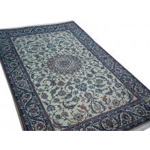 196 x 292 Unique Stylish Handmade Naein Persian Rug